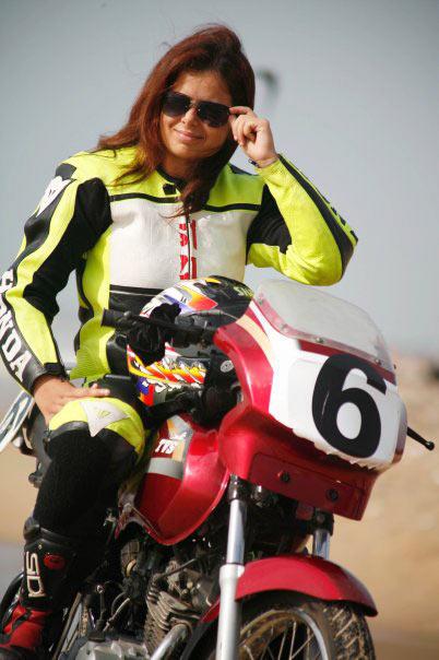 14alisha-abdullah3