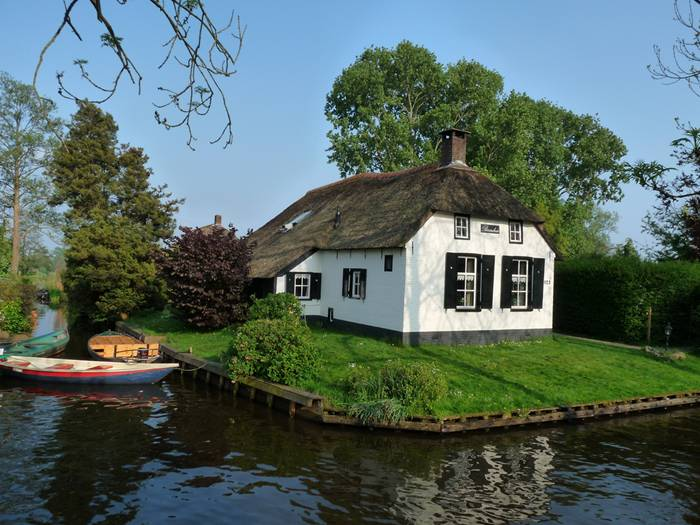 Guethoorn_Dutch_Village_005