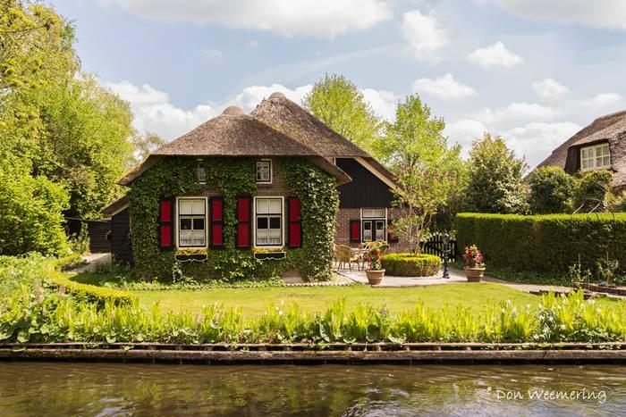 Guethoorn_Dutch_Village_008
