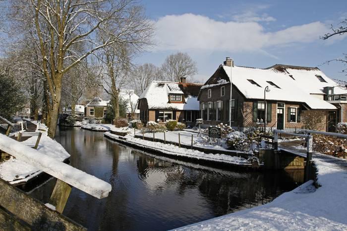 Guethoorn_Dutch_Village_015