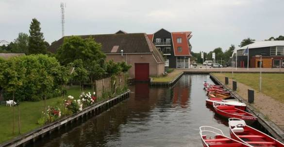 Guethoorn_Dutch_Village_018