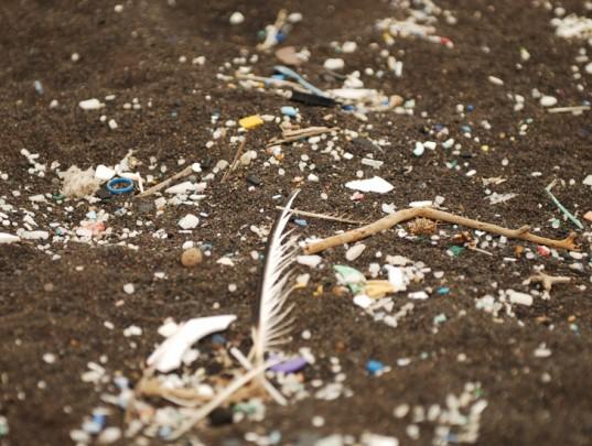 5-gyres-ocean-plastic-pollution-5-537x405