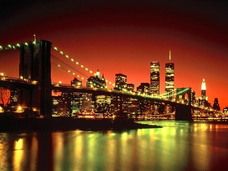 brooklyn_bridge_at_night_new_york