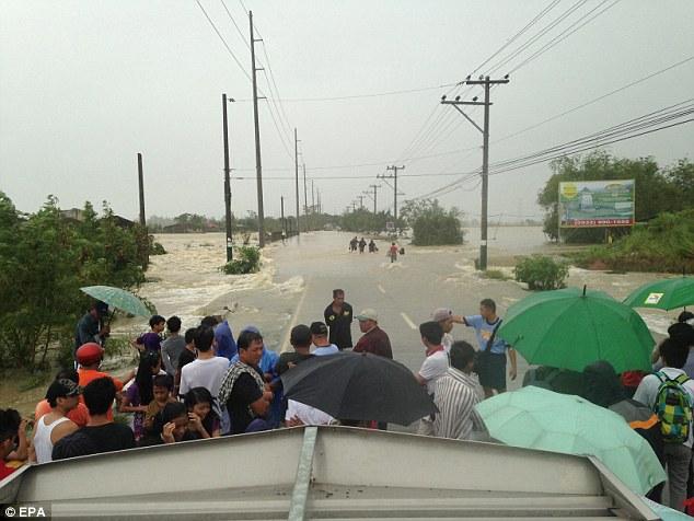 Cyclone Phailin (14)