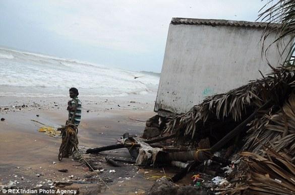 Cyclone Phailin (6)
