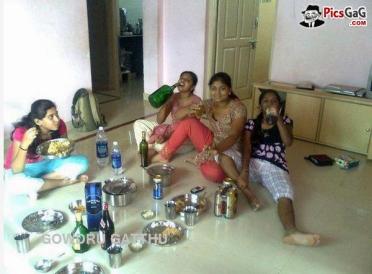 Source : funnyindianpicza.blogspot.com via Google
