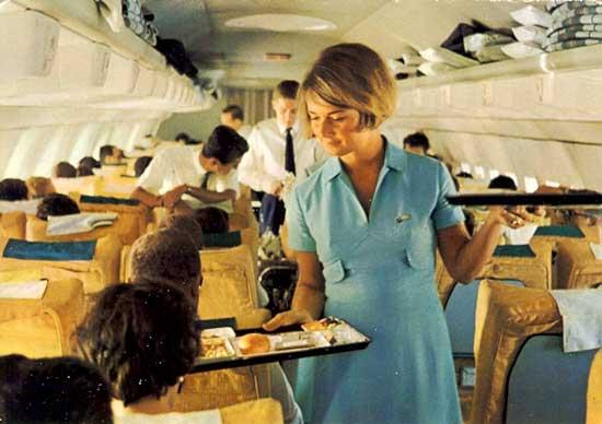 LH-StewardessInBlue