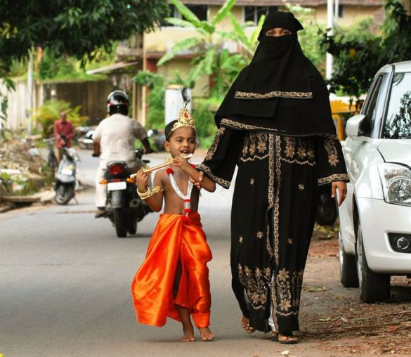 Little Krishna with his Muslim Mother :) A Fancy Dress competition in India