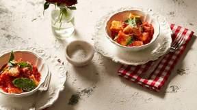 ITALIAN Mamma Contaldo's ricotta dumplings (ndundari con salsa di pomodoro e basilico)