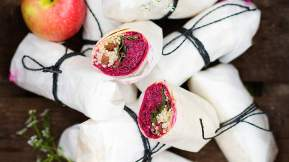 MODERN AUSTRALIAN Beetroot, apple and goat's cheese wraps