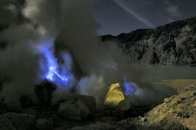 Blue Lava- Indonesia (4)