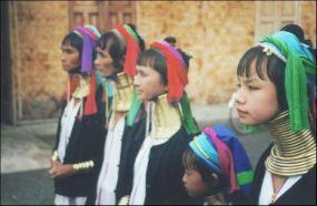 Karen-Padaung-Hill-tribe-Chiang-Mai-Province (1)