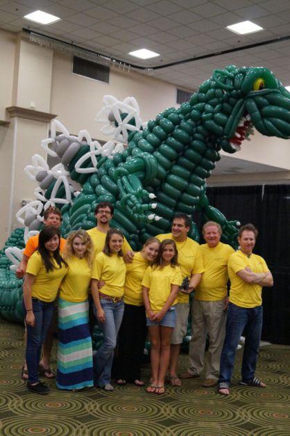 2500 Baloon Godzilla (5)