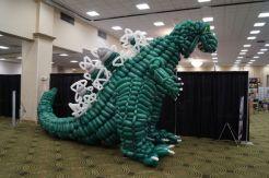 2500 Baloon Godzilla (8)