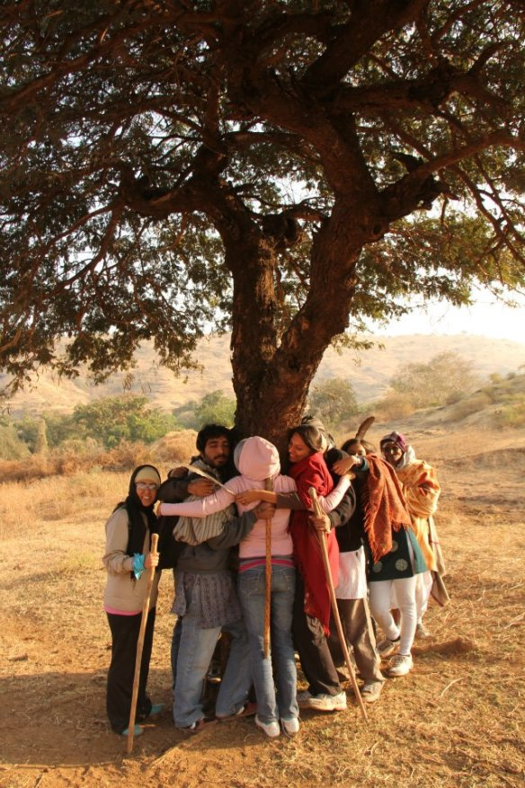 group-tree-hug